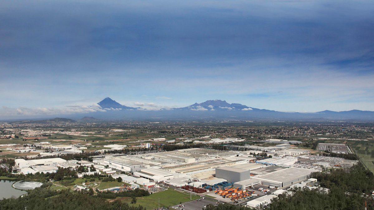 Industria automotriz no reanuda actividades en Puebla