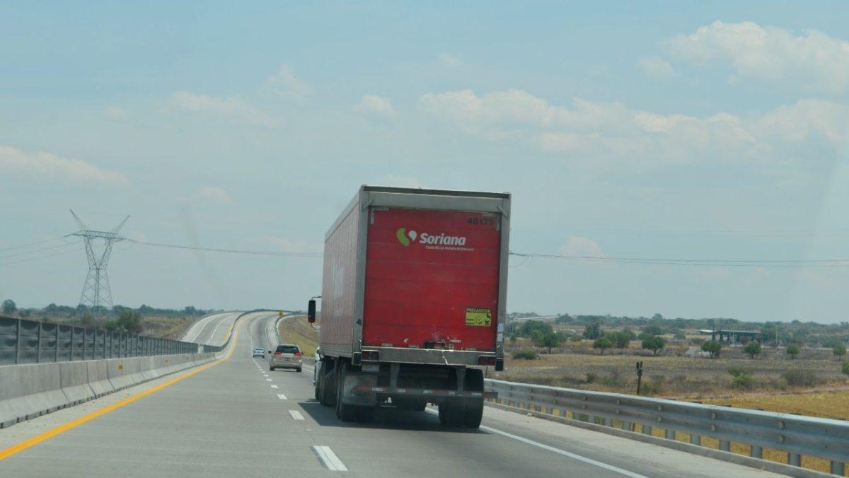 COVID-19 aumenta riesgos en el autotransporte de carga agroalimentario