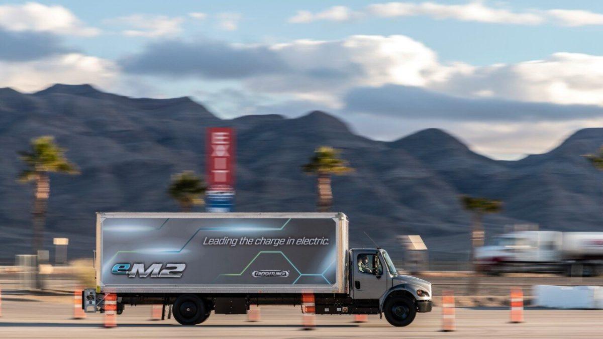 Circularán 54 mil camiones eléctricos en EUA para 2025