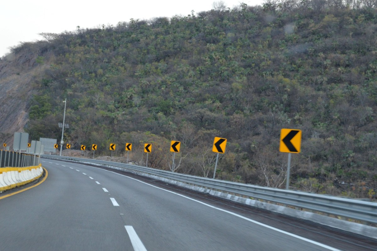 Contempla Acuerdo de Reactivación Económica infraestructura carretera