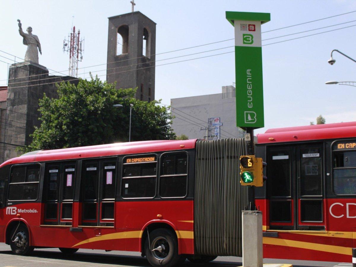 Apoya Metrobús en ruta provisional Miguel Ángel de Quevedo-Zapata de Línea 3