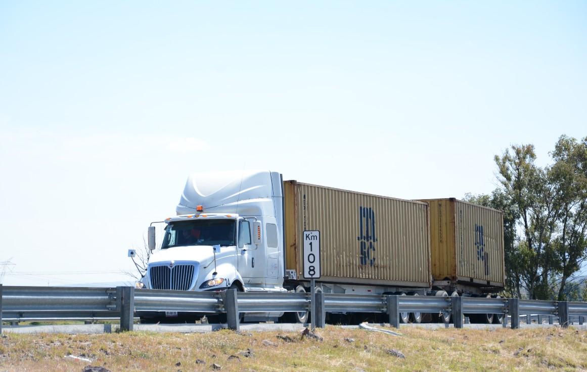 Pide CAINTRA Nuevo León políticas públicas en transporte a candidatos