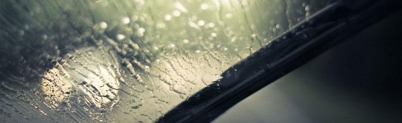 Maj będzie deszczowy – warto zadbać o wycieraczki samochodowe