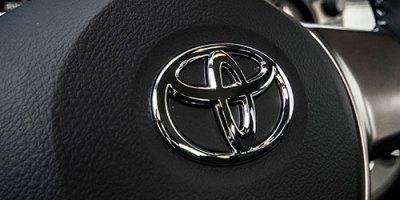 Toyota – evergreen z wypożyczalni samochodów