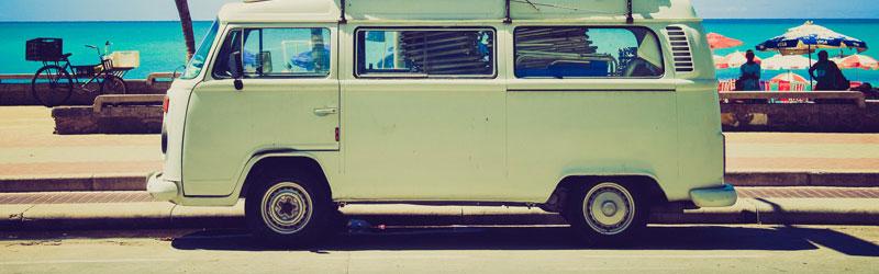 Wypożyczenie busa na letni urlop – nie taki diabeł straszny, jak go malują!