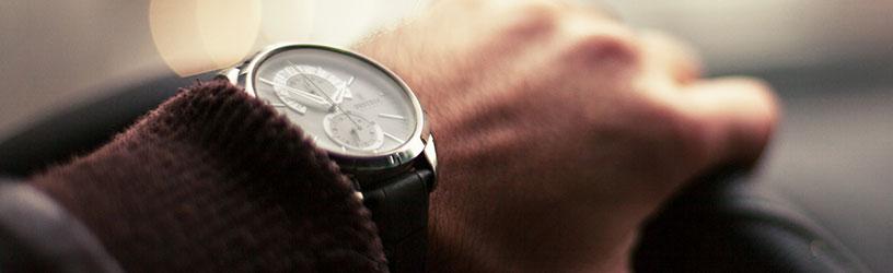 Męskie zegarki dla fanów motoryzacji