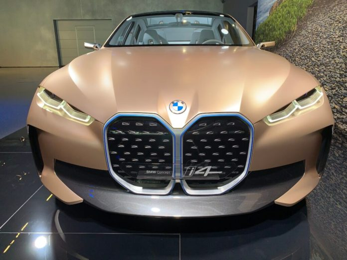 BMW i4 front electro-offensive