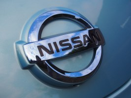 Nissan LEAF 30kWh Tekna - Long Term Test 2016 | AutoVolt