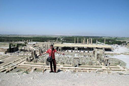 Mick sur le magnifique site de Persépolis - l'autre ailleurs en Iran, une autre idée du voyage