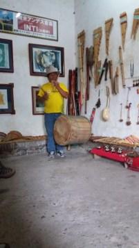 démonstration d'instruments de musique andains