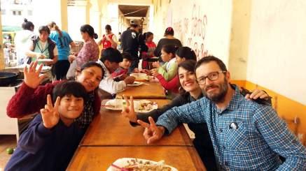 la trucha solidaria , avec Soledad et son fils