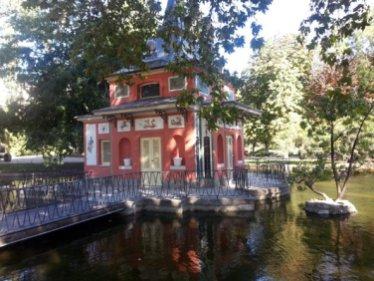 La petite maison du pêcheur dans le parque del retiro