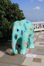 Oh un éléphant bleu ! (Doi Suthep)