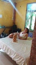 Laura dans notre chambre à Ayyuthaya