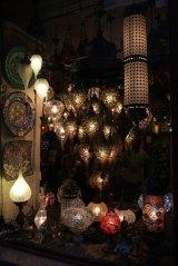 luminaires dans le quartier Taxim à Istanbul
