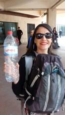 de l'eau ? (pour Laura,Sohpie,Sabrin...a) en attendant notre train pour Sousse en gare de Tunis