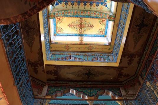 depuis le souk dans la Médina ce superbe lieu : kasr Ezzhraa Tunis Lemdina