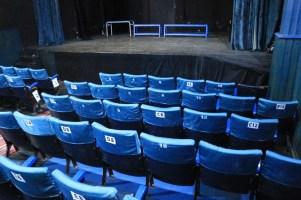 dans le théâtre du Centre National des Arts de la Marionnette