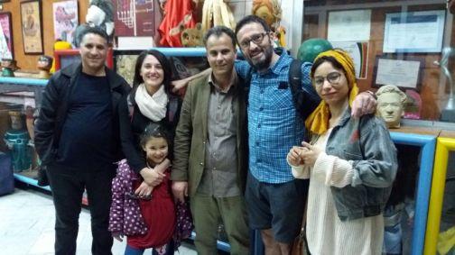 Rahali, Laura, Hassan, Thierry une stagiaire et la fille de Rahali