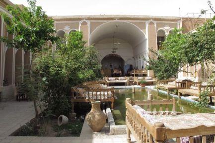 mon hôtel à Yazd, le Traditional Kohan Hotel - l'autre ailleurs en Iran, une autre idée du voyage