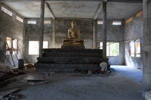 dans un temple en construction à Battambang - L'autre ailleurs au Cambodge