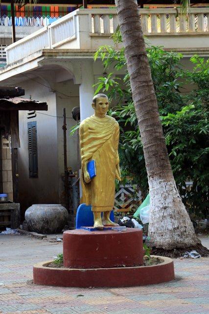 Battambang, dans un Wat (temple) - L'autre ailleurs au Cambodge