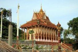 temple à Kampong Trach (à 13km à l'est de Kep)