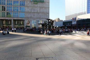 La très moche Alexanderplatz (http://www.autre-ailleurs.fr)