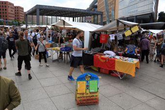 marché sur Postdamplatz (http://www.autre-ailleurs.fr)