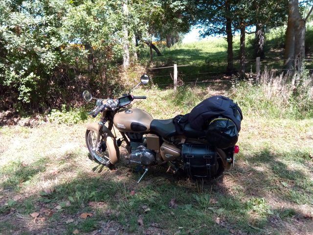 pause sur la route (moto road trip) - l'autre ailleurs, une autre idée du voyage