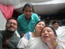 mariage de la nièce de Blanca : de droite à gauche : Eva, Blanca, Fabian et moi - l'autre ailleurs, une autre idée du voyage