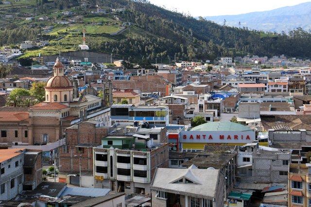 Otavalo vue d'en haut - l'autre ailleurs, une autre idée du voyage