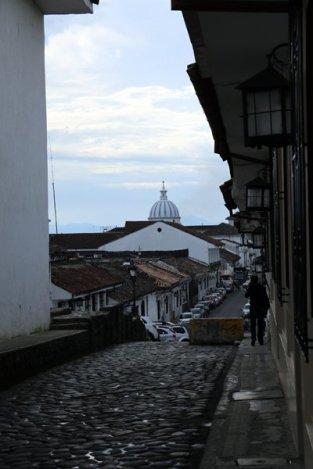 dans la rue à Popayàn - l'autre ailleurs en Colombie, une autre idée du voyage