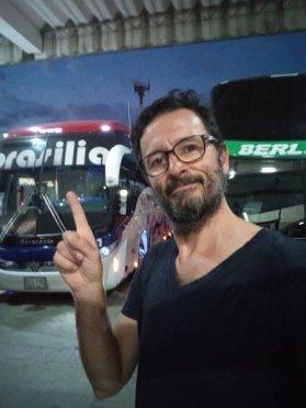 mon bus (Brasilia)au départ de Santa Marta vers Bogotá - l'autre ailleurs en Colombie, une autre idée du voyage