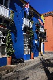 maison colorée à Carthagène des Indes - l'autre ailleurs en Colombie, une autre idée du voyage