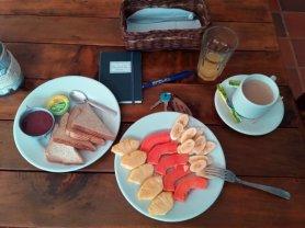 petit déjeuner dans mon hôtel Balcones del Ayer - l'autre ailleurs en Colombie, une autre idée du voyage