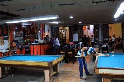 café billards, Danubio, un plaisir d'aller y siroter une petite bière à Salento- l'autre ailleurs en Colombie, une autre idée du voyage