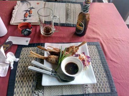 déjeuner de midi dans mon hôtel : Nong Kiau River Side - l'autre ailleurs, une autre idée du voyage