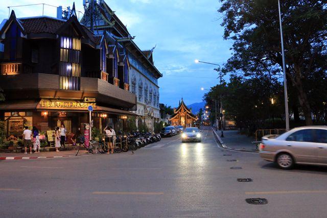 Chiang Mai de nuit - l'autre ailleurs, une autre idée du voyage