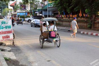 dans les rue de Chiang Mai - l'autre ailleurs, une autre idée du voyage