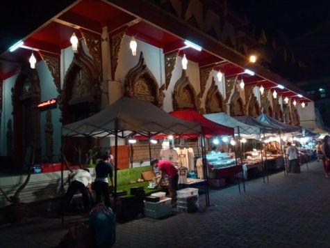 marchés de nuit à Chiang Mai - l'autre ailleurs, une autre idée du voyage