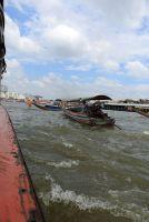sur le fleuve Chao Phray à Bangkok - l'autre ailleurs, une autre idée du voyage