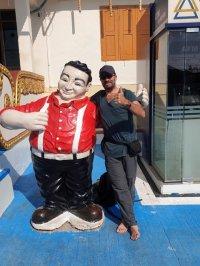 sur le site de Golden Rock (le rocher d'or) - l'autre ailleurs au Myanmar (Birmanie) et Thaïlande, une autre idée du voyage