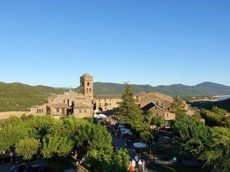 balade moto dans les Pyrénées (été 2019) ici à L'Ainsa en Espagne - l'autre ailleurs, une autre idée du voyage