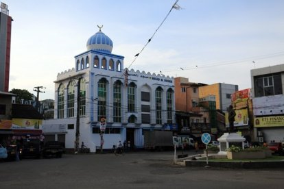 mosquée dans la partie ville moderne de Galle - l'autre ailleurs au Sri-Lanka, une autre idée du voyage