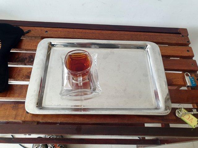 thé de bienvenue dans mon hôtel à Kandy - l'autre ailleurs au Sri-Lanka, une autre idée du voyage