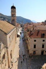 la ville de Dubrovnik vue depuis les remparts qui la ceinturent - Place Stradun - l'autre ailleurs en Croatie, une autre idée du voyage