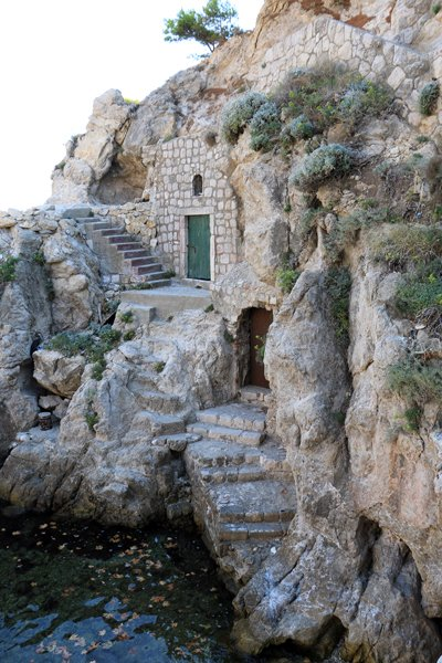 en accédant au fort Lovrijenac à Dubrovnik - l'autre ailleurs en Croatie, une autre idée du voyage