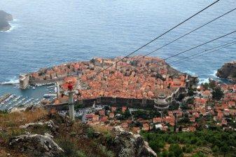 la vieille ville de Dubrovnik vue depuis le mont Srd - l'autre ailleurs en Croatie, une autre idée du voyage