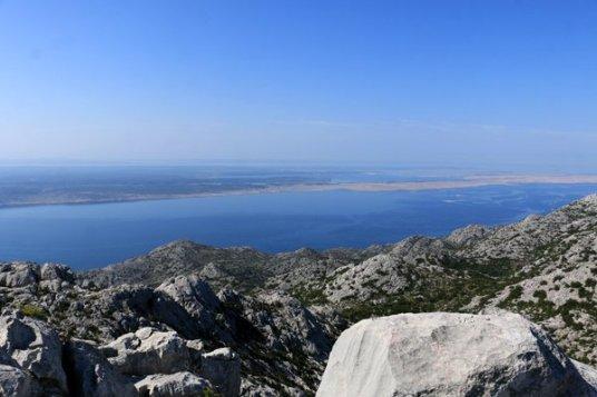 depuis le pic de Zoljin dans le parc national de Paklenica - l'autre ailleurs en Croatie, une autre idée du voyage